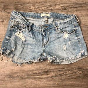 Bullhead distressed jean shorts